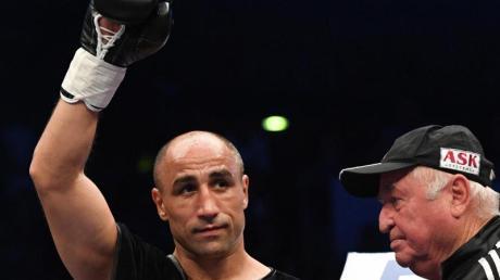 Arthur Abraham (l.) hat seinen Kampf gegen Martin Murray abgesagt.