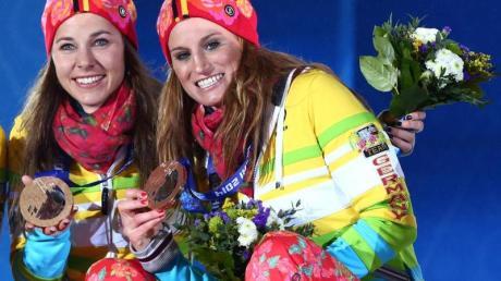 Stefanie Böhler und Nicole Fessel (r) hoffen auf eine Medaille bei der WM.