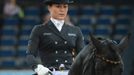 Dressurreiterin Kristina Bröring-Sprehe hat durch die Verletzung von Desperados kein Pferd.