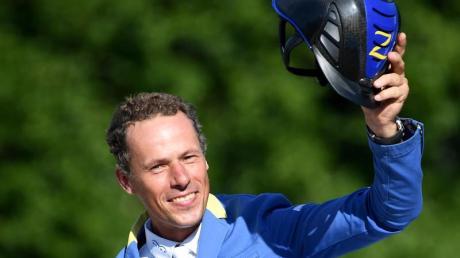 Christian Ahlmann führt die Riders Tour nach vier von sechs Wettkämpfen an. Foto: Britta Pedersen/dpa-Zentralbild