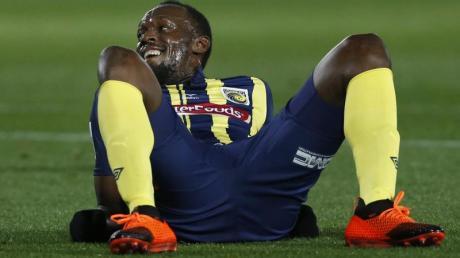 Tauschte die Spikes gegen Fußballschuhe: Usain Bolt.