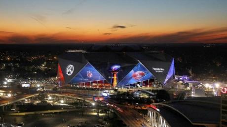 Der 53. Super Bowl zwischen den New England Patriots und Los Angeles Rams findet in Atlanta statt.