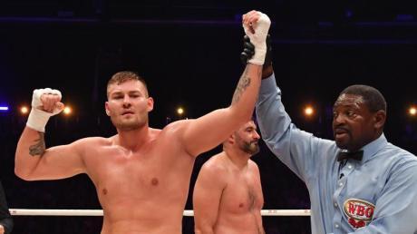 Tom Schwarz wird gegen Tyson Fury antreten.