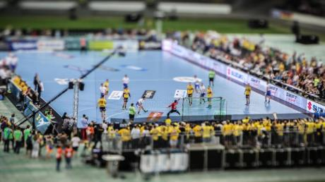 Der Deutsche Handballbund wird im Oktober zum dritten Mal einen Tag des Handballs ausrichten - dieses Mal in Hannover. Foto: F. Rumpenhorst