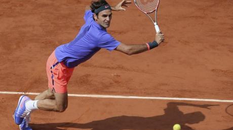 Tennisstar Roger Federer trifft in seinem French-Open-Auftaktmatch auf den Italiener Lorenzo Sonego. Foto: D. Vincent/AP/dpa/Archiv