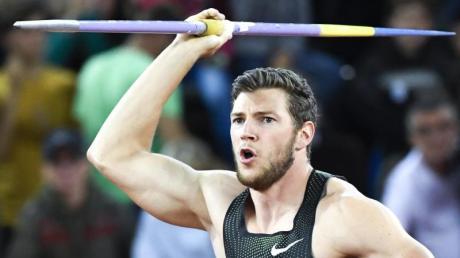Andreas Hofmann gewann in Rehlingen mit der Weltjahresbestleistung von 89,65 Metern. Foto: Jean-Christophe Bott/KEYSTONE