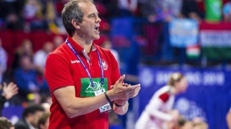 Startet mit den deutschen Handballerinnen in die EM-Quali: Bundestrainer Henk Groener. Foto: Marco Wolf
