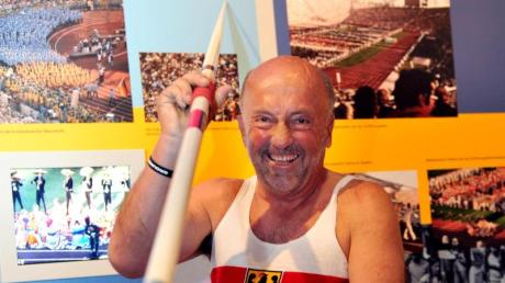 Tippt auf einen deutschen Speerwurfsieger bei der WM: Klaus Wolfermann, Olympiasieger von 1972 im Speerwurf. Foto: Frank Leonhardt/dpa