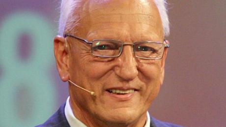 Der ehemalige Olympiasieger und Weltrekordler im Hürdenlauf, Martin Lauer, ist im Alter von 82 Jahren gestorben. Foto: Frank Leonhardt/dpa
