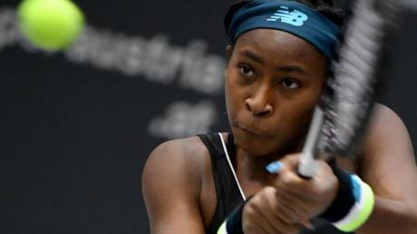 Holte sich beim Turnier in Linz ihren ersten WTA-Titel: Cori Gauff in Aktion. Foto: Barbara Gindl/APA/dpa