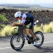Triathlonstar Jan Frodeno beim Radfahren bei der Ironman-WM auf Hawaii. Ironman & Triathlon 2020: die Top-Rennen der Saison - Termine.