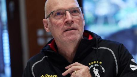 Ist mit den deutschen Hockeyherren gegen Österreich gefordert: Bundestrainer Markus Weise. Foto: Georg Wendt/dpa