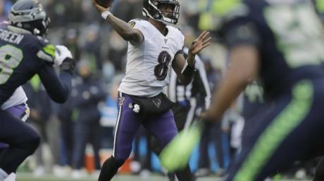 Lamar Jackson warf 223 Yards und verbuchte vier Touchdowns. Foto: John Froschauer/AP/dpa