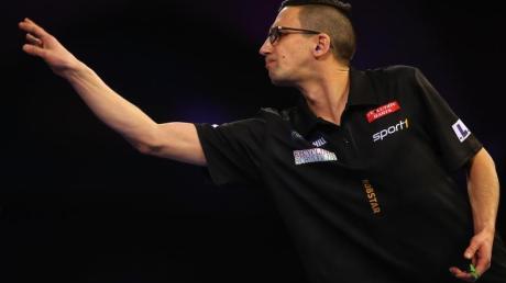 Will zur Darts-WM nach London: Robert Marijanovic. Foto: Mark Kerton/PA Wire/dpa