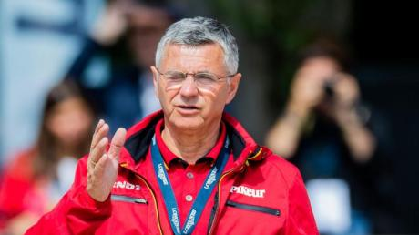 Ist enttäuscht, dass der Hengst Million Dollar ins Ausland gegeben wird: Bundestrainer Otto Becker.