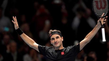 Roger Federer erreichte bei den ATP Finals das Halbfinale. Foto: Tess Derry/Press Association/dpa