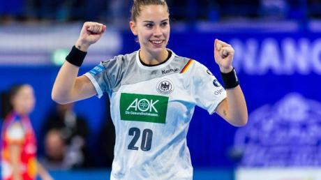 Emily Bölk freut sich auf die Handball-WM in Japan.