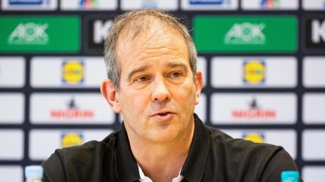 Henk Groener, selbst 208-facher Nationalspieler, steht im Ruf eines Bessermachers.