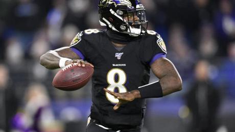 Auch in seiner erst zweiten Saison sorgt Lamar Jackson, Quarterback der Baltimore Ravens, für einen Superlativ nach dem anderen.