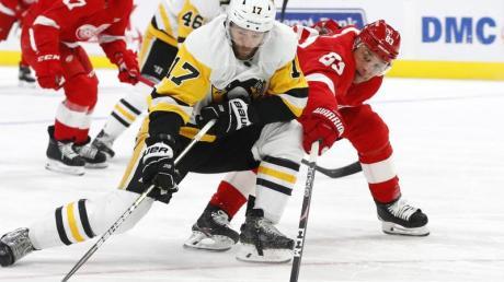 Die Pittsburgh Penguins besiegten die Detroit Red Wings in der Verlängerung.