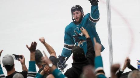 Die NHL und die San Jose Sharks kündigten an, sich bis Ende März an das Verbot von Massenveranstaltungen zu halten.