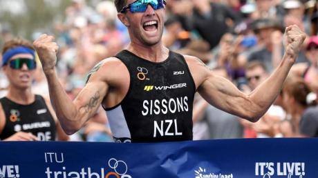 Auch der Triathlon-Weltverband setzt alle Wettkämpfe vorerst aus.