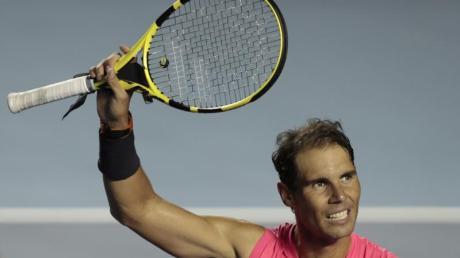 Spaniens Tennis-Star Rafael Nadal hat sich bei all den «Helden» im Gesundheitswesen bedankt.
