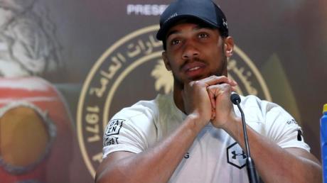 Muss mit seiner WM-Titelverteidigung noch warten:Box-Schwergewicht Anthony Joshua.