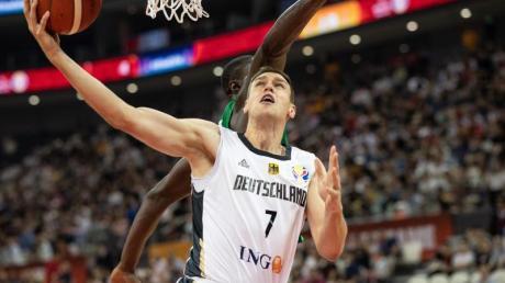 Hält sich wegen der Corona-Krise in seiner Heimat fit: Basketball-Russland-Legionär Basketballer Voigtmann.