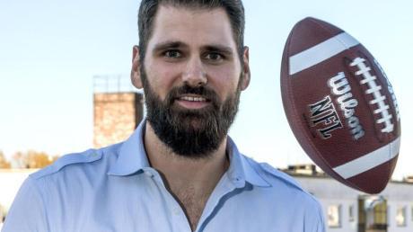 Spielte mit Tom Brady bei den New England Patriots zusammen: Der ehemalige deutsche NFL-Football-Spieler Sebastian Vollmer.