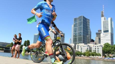 Wegen der Corona-Pandemie wird die Ironman-EM in Frankfurt verschoben.