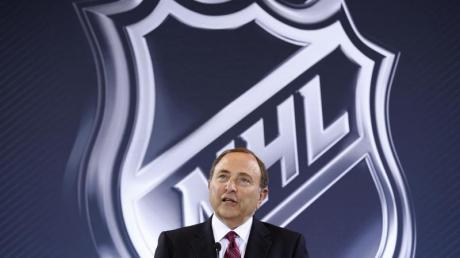 Gary Bettman ist der Commissioner der NHL.