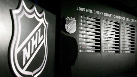 Die NHL-Teams sollen ab Juni wieder in Kleingruppen trainieren können.