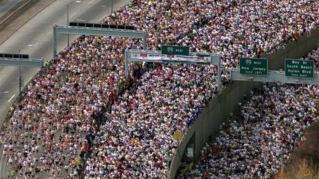 Marathonläufe finden wegen der anhaltenden Coronavirus-Pandemie nicht statt: Den Elite-Athleten fehlen Wettkämpfe und Einkünfte.
