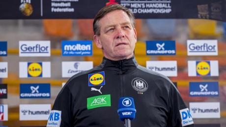Bundestrainer Alfred Gislason will sein Team optimal auf die Olympia-Qualifikation in Berlin vorbereiten.