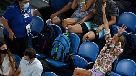 Die verhaltensauffällige Zuschauerin konnte Rafael Nadal nicht aus der Ruhe bringen.