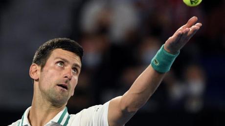 Hat sein Auftaktmatch in Monte Carlo klar gewonnen: Novak Djokovic in Aktion.