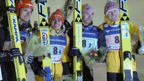 Die deutschen Skispringer präsentieren sich kurz vor Ende der Saison in Top-Verfassung. Richard Freitag und das Team haben ihre jeweiligen Wettbewerbe in Lahti gewonnen.