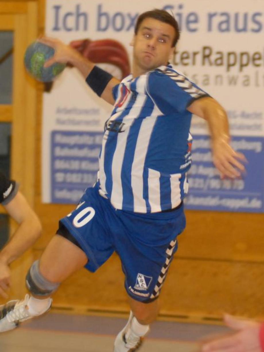 Kissing Handball