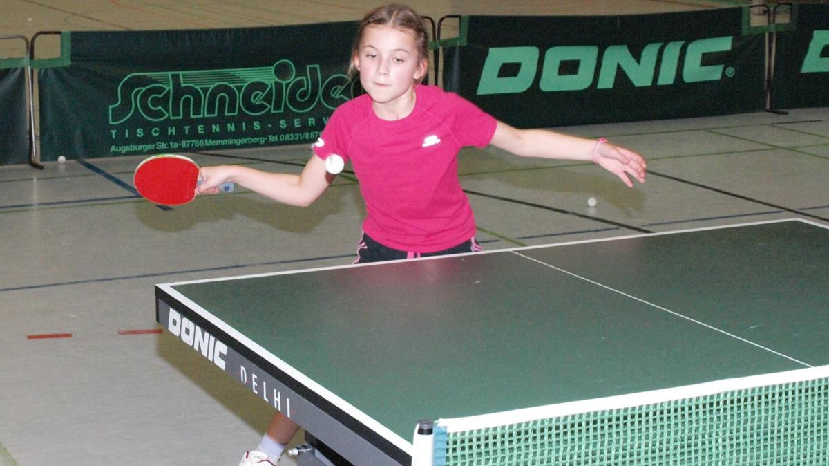 tischtennis: volle konzentration - sport krumbach - augsburger