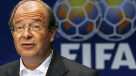 Die Schweizer Bundesanwaltschaft ermittelt nun auch gegen den ehemaligen FIFA-Generalsekretär Urs Linsi. Foto: Steffen Schmidt