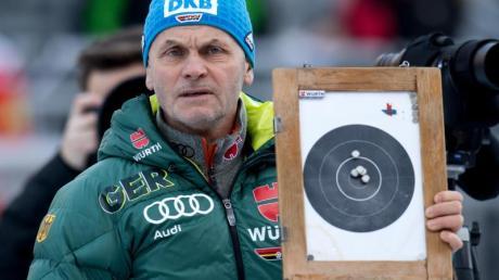 Biathlon-Bundestrainer Gerald Hönig warnt vor zu hohen Erwartungen an Laura Dahlmeier. Foto: Sven Hoppe
