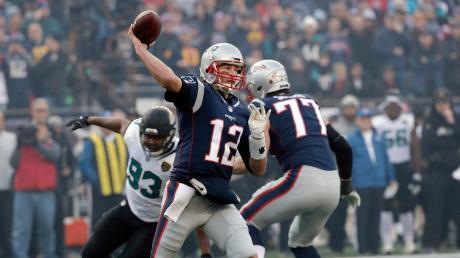 Spätestens seit seinem 5. Super Bowl Triumph im vergangenen Jahr ist Tom Brady einer der besten Footballspieler aller Zeiten. Auch dieses Jahr steht er wieder im Endspiel.