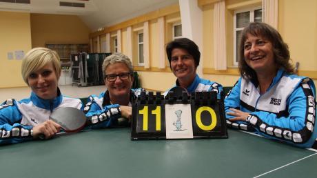 Ein Bild aus besseren Tagen (von links): Lisa Holzmann, Heidrun Bisle, Denise Schultheiß und Ulrike Dirr werden in der Rückrunde nicht mehr für den TTC Hasberg antreten können.