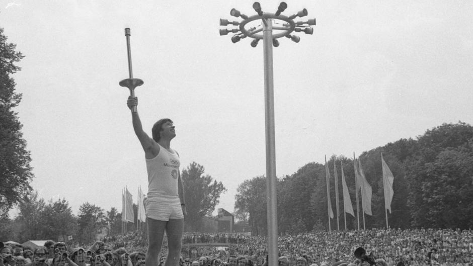 Olympia München 1972 Werbefigur === Sportler mit Puma
