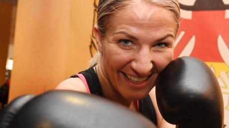 Boxerin Nikki Adler bestreitet am 12. Mai im Curt- Frenzel-Stadion einen WM-Kampf.