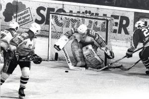 """AEV-Rekordtorwart Thomas Schön: """"Ich war von Eishockey besessen"""""""