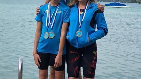 Auch im See gelingen den Schwimmern des TSV Mindelheim gute Ergebnisse: (von links) Johanna Vögele, Robert Bretschneider und Maren Bayer.