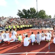 Ulm - Fußball DFB Pokal - SSV Ulm vs. Eintracht Frankfurt - Balljungen der U14 des SSV Ulm