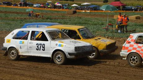 Beim Autocross in Ziswingen waren die alle Rennen hart umkämpft, jeder wollte sich einen Platz auf dem Treppchen sichern. Insgesamt waren 75 Fahrzeuge am Start.